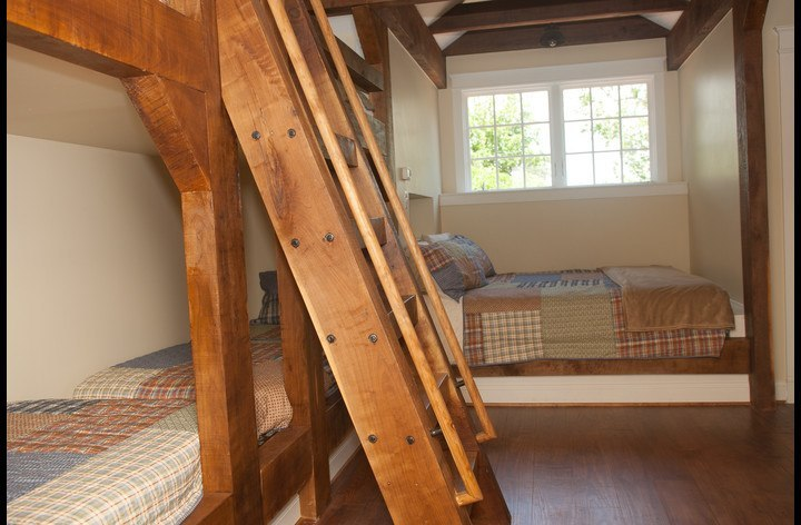 Upstairs bedroom with beds for 6